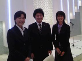 久々に三宅社長と記念写真!民報の中村さんもごいっしょに。